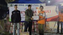 Pertamina Salurkan 700 Paket Makanan ke Korban Banjir Jakarta