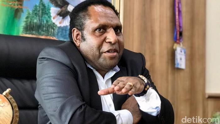 Anggota DPR RI dari dapil Papua, John Siffy Mirin