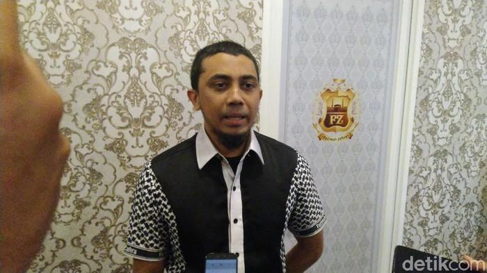 CEO Fatimah Zahra, Mochamad Rifky Azady berencana menjadwalkan ulang penerbangan jemaah umrah dari Semarang, Kamis (27/2/2020)