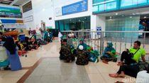 Datang Sejak Kemarin, 200 Jemaah dari Jember Gagal Berangkat Umrah
