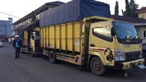 Polisi Amankan 2 Truk Pengangkut 20 Ton Minyak Ilegal di Sumsel