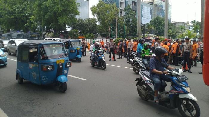 Demo di Kementerian BUMN. (Foto: Sachril/detikcom)