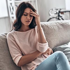 6 Penyebab Sakit Kepala Sebelah Kiri dan Cara Mengatasinya