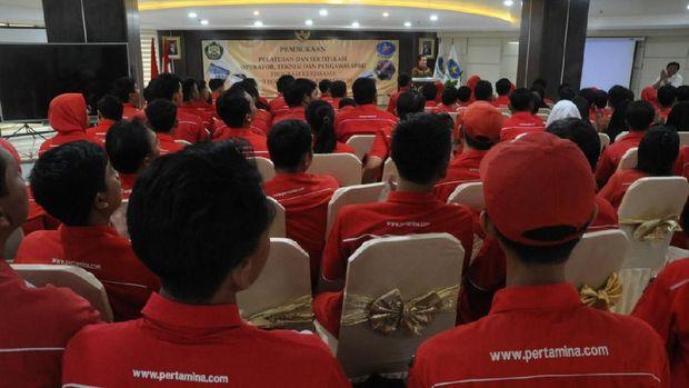 Tingkatkan Mutu, BPH Migas Beri Pelatihan Operator SPBU