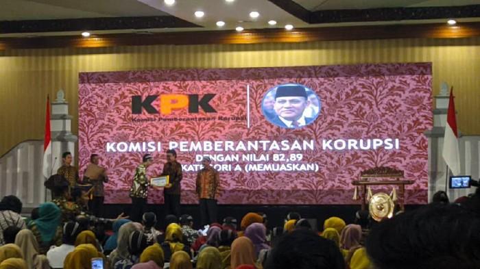 KPK menerima Anugerah Penghargaan Pengawasan Kearsipan Tahun 2019. KPK dinilai memiliki tata kelola arsip yang sangat baik.