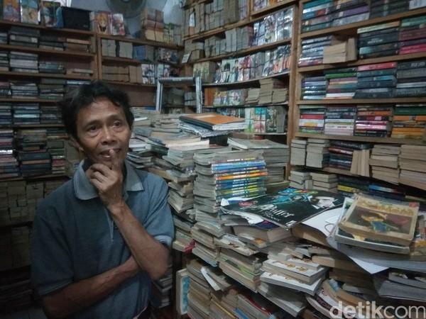 Rumah ini merupakan milik Suparman Siswodiharjo (70). Dia mengubah rumahnya menjadi taman bacaan. (Whisnu Pradana/detikcom)