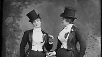 100 Tahun Lalu, Para Wanita Dilarang Melakukan 8 Hal Biasa Ini