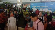 Video Jemaah Umrah Menumpuk di Soekarno-Hatta