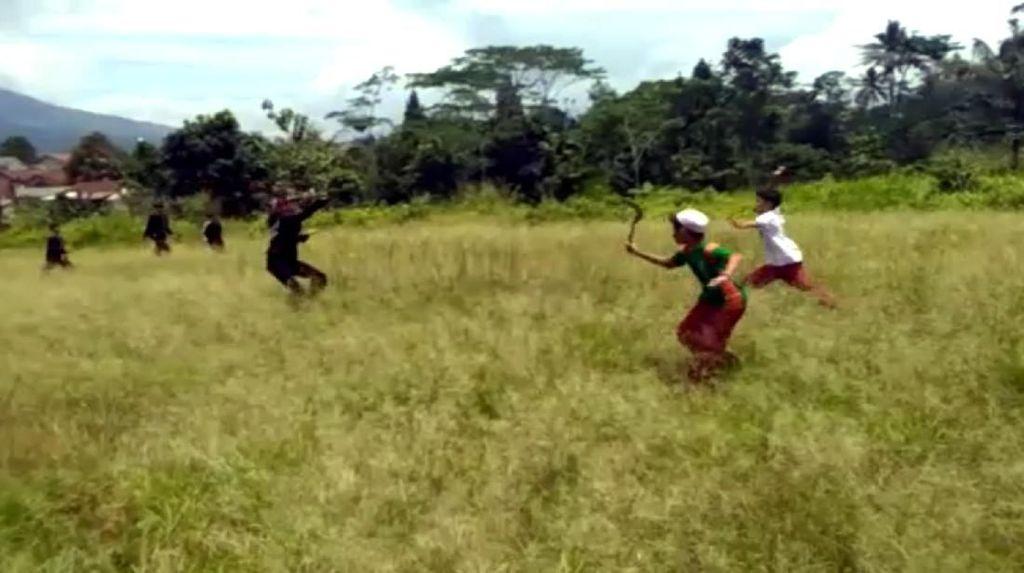 Bocah SD Tawuran Bawa Celurit, Disdik Sukabumi: Diduga Sudah Diatur
