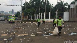 Demo Ojol di Gedung DPR Bubar, Sampah Berserakan