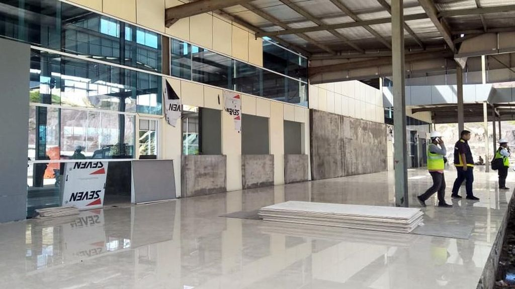 Gokil! Pembangunan Bandara Ini Sampai Belah Gunung