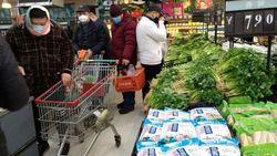 Model Ini Curhat Persediaan Makanan yang Menipis di Wuhan Karena Virus Corona