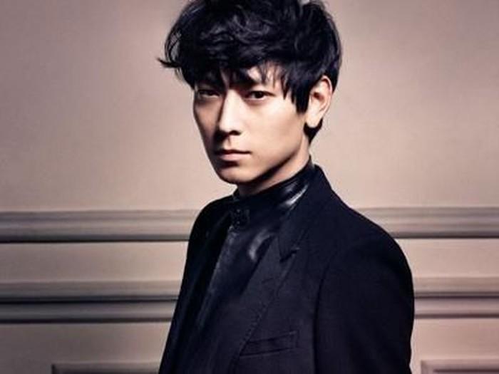 Aktor Korea Kang Dong Won