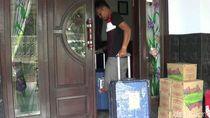 Belasan Calon Jemaah Pasuruan Kembali Masukkan Koper karena Batal Umroh