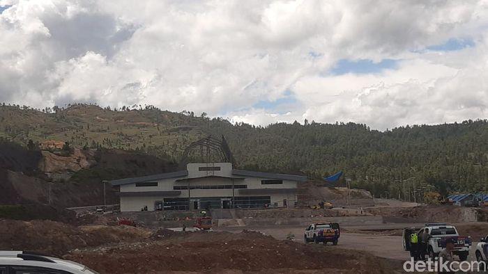 Menhub Budi Karya cek Bandara Buntu Kunik-Tana Toraja