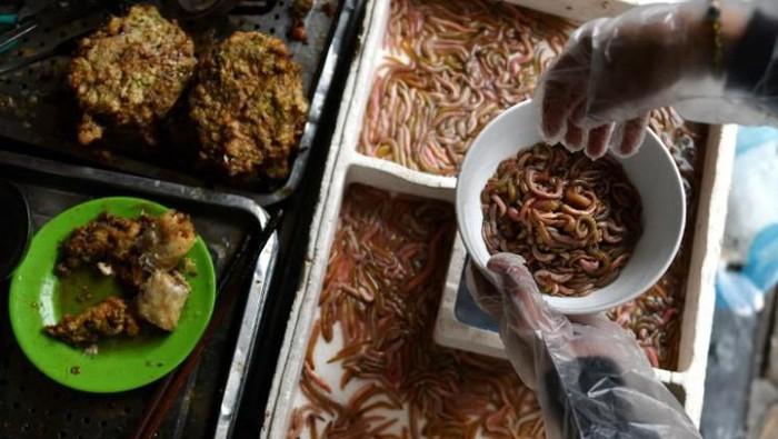 Makanan Terburuk di Asia