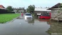 Banjir di Pasuruan Belum Surut, Warga Mulai Gatal-gatal dan Sakit Perut