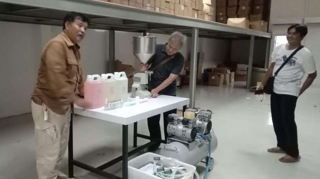 Lagi, BPOM Gerebek Gudang Kosmetik Ilegal di Cirebon