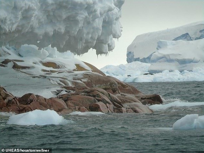 Gletser Antartika Meleleh, Ternyata Ada Pulau Tersembunyi!