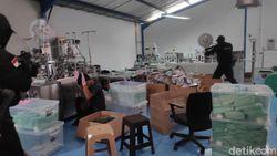 Gerebek Pabrik Penimbun di Jakut, Polisi Amankan 30 Ribu Masker Ilegal