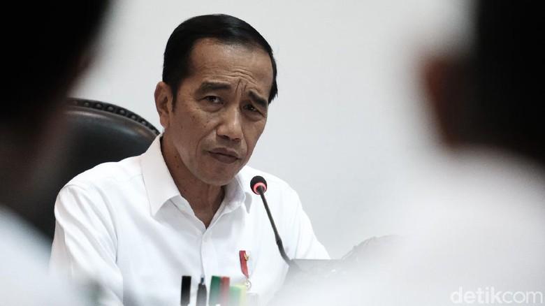 Presiden Joko Widodo (Jokowi) saat memimpin rapat soal pusat data nasional