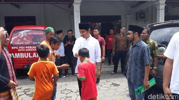 Gibran Rakabuming Raka di kantor DPC PDIP Solo, Jumat (28/2/2020).