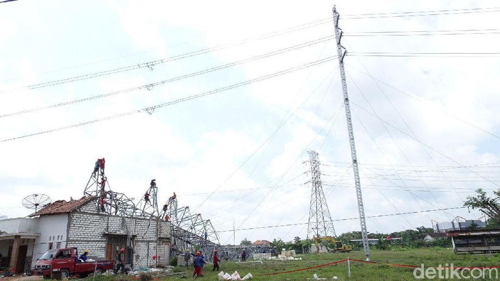 Penampakan Tower Emergency SUTT PLN di Rembang
