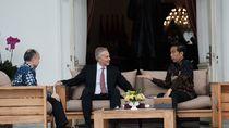 Jokowi dan Tony Blair Bahas Ibu Kota Baru di Istana
