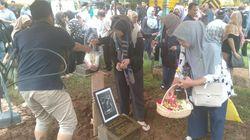 Keluarga Antar Jenazah Oding Nasution Dimakamkan di Karet Bivak