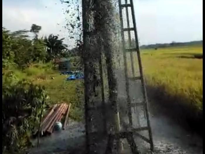 Tangkapan layar semburan air lumpur di Grobokan