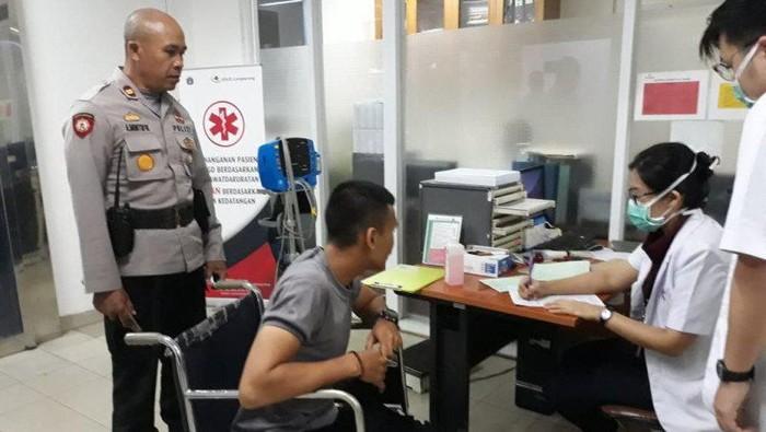 Bripda Arus Mandiri Simangundong saat menjalani perawatan di RSUD Cengkareng