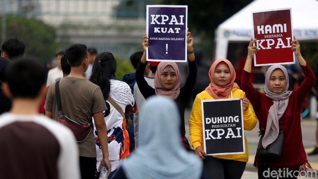 Aksi Dukungan untuk KPAI Warnai Car Free Day Jakarta