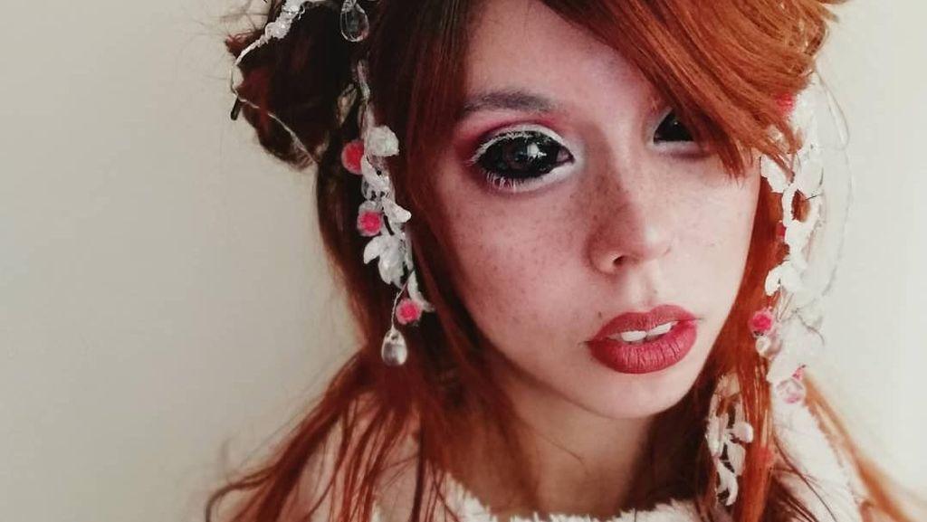 Serem Banget! Tragedi Wanita yang Mentato Matanya, Kini Berakhir Buta