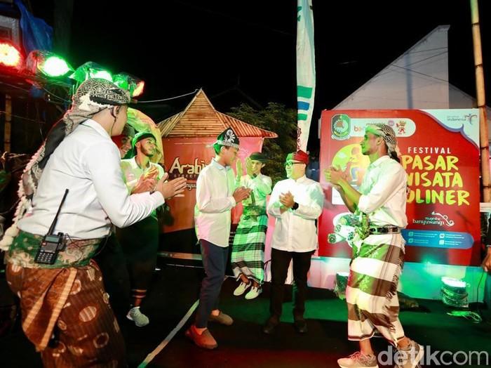 Geliat pasar wisata kuliner Banyuwangi terus ditingkatkan. Masing-masing pasar menyajikan kekhasan jajanan sesuai lokalitasnya.