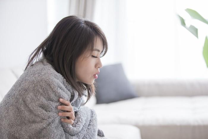 Ilustrasi wanita sakit