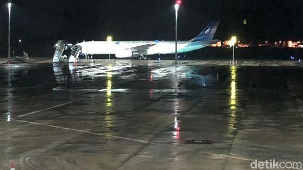 Pesawat Garuda Indonesia yang mengevakuasi para WNI ABK Diamond Princess.