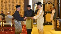 Potret Muhyiddin Yassin Saat Resmi Diangkat Jadi PM Malaysia