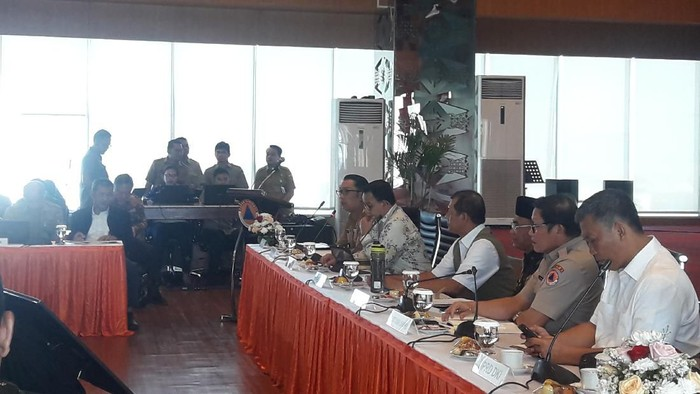 FGD Mencari Solusi Penanganan Banjir di Jakarta dan Sekitarnya di Gedung BNPB. (Foto: Ilman/detikcom)