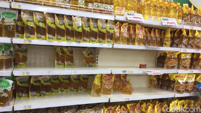 Pasar Swalayan Diserbu