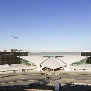 Nggak Nyangka, Bandara yang Terbengkalai Bisa Jadi Hotel Semewah Ini