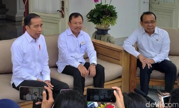 Presiden Joko Widodo dan Menteri Kesehatan Terawan Agus Saputra angkat bicara soal 2 orang positif corona di Indonesia