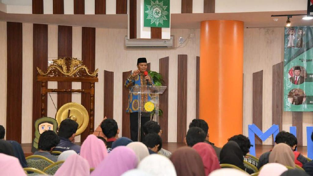 Bisa Dalami Agama, Pimpinan MPR Ajak Milenial Pahami Bahasa Arab