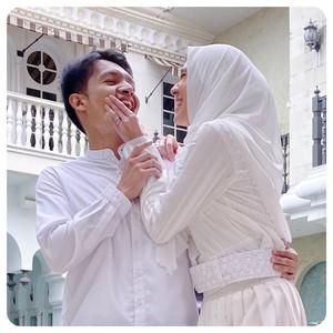 Resep Pernikahan Awet Dhini Aminarti-Dimas Seto: Nggak Curhat di Medsos