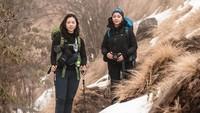 Nikita pun tak sendiri, ia juga mengajak serta teman-temannya untuk menelusuri jalur Mardi Himal. Diketahui, jalur ini memanjang hingga 40 Km hingga basecamp tertingginya(nikitawillyofficial94/Instagram)