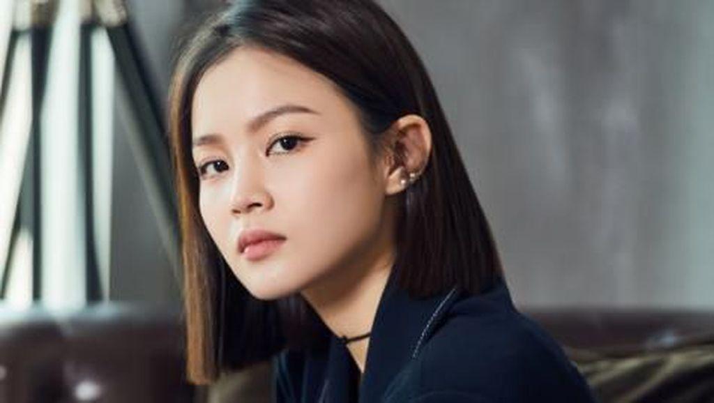 Lee Hi Sempat Ragu Nyanyikan Lagu Breath Usai Jonghyun SHINee Meninggal