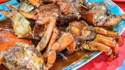 Mantul! Bisa Pesta Seafood di 5 Warung Tenda di Jakarta