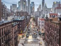 Dalam penelitiannya, perusahaan menganalisis 1.426.053 postingan Instagram yang diberi tagar #WomenWhoTravel, bersama dengan enam tagar terkait lainnya (#travelgirlsgo, #shetravels, #solofemaletraveler, #damestravel, #citizenfemme, #solofemaletravel) untuk mengetahui tempat mana di seluruh dunia. Setelah London di posisi kedua adalah New York City. (iStock)