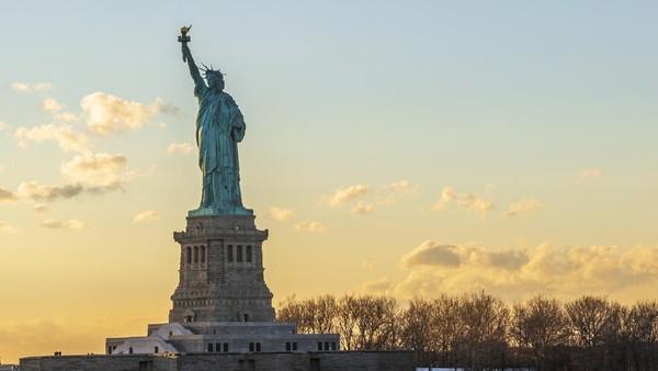 Tak hanya itu, mereka juga mendapat pengalaman VIP di beberapa tempat wisata New York, seperti patung Liberty. (iStock)