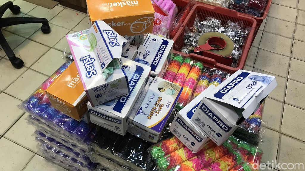 Polres Pangkalpinang Gerebek Kios yang Jual Masker Rp 250 Ribu Per Boks