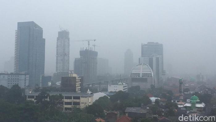 Hujan deras di Jakarta Selatan